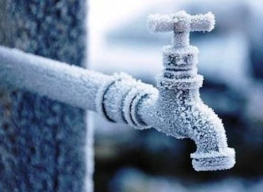 Befagyott vízvezetékek kiolvasztása