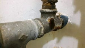 Régi horganyzott vízvezeték cseréje