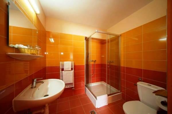 Vízvezeték szerelési munkák a fürdőszoba felújításakor