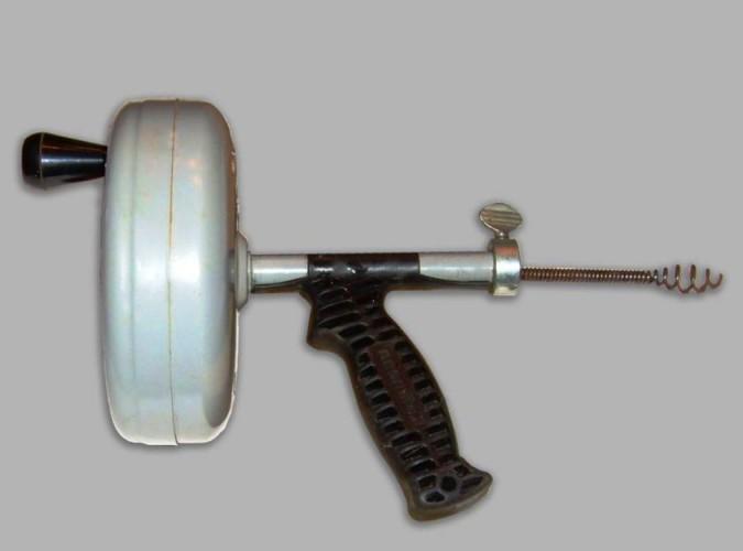 Amit a lefolyótisztító acélspirálról, azaz csőgörényről tudni kell