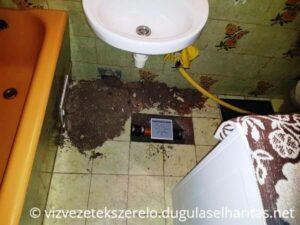 Padlóösszefolyó beépítése a fürdőszobába